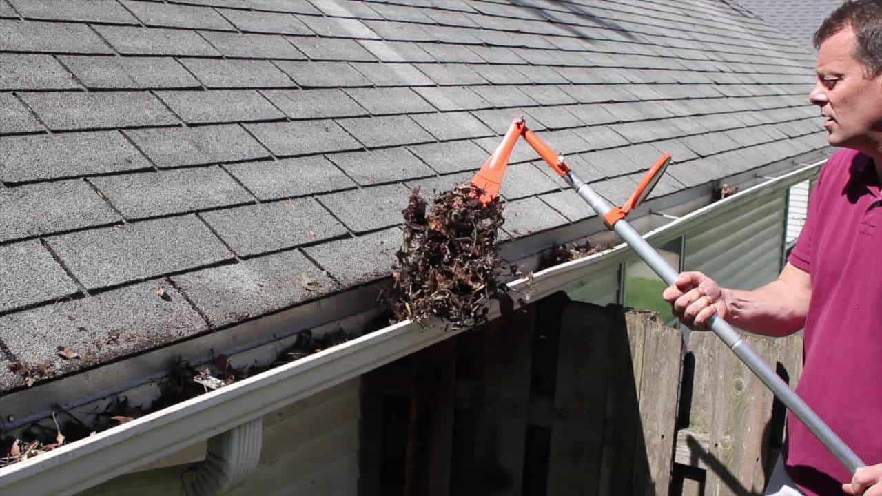 How To Clean Gutters? – The Housing Forum