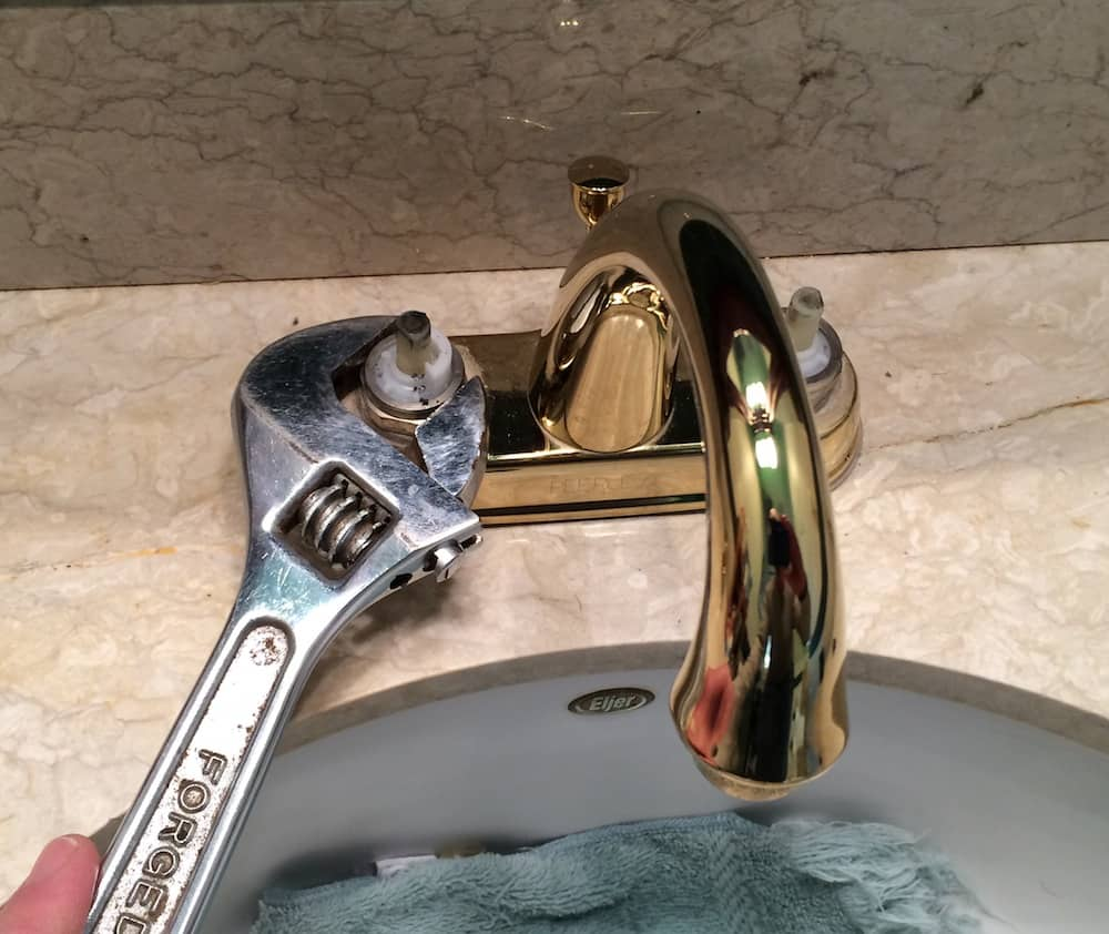 how to fix a leaky kitchen sink faucet how to fix a leaky bathroom faucet the housing forum 9397